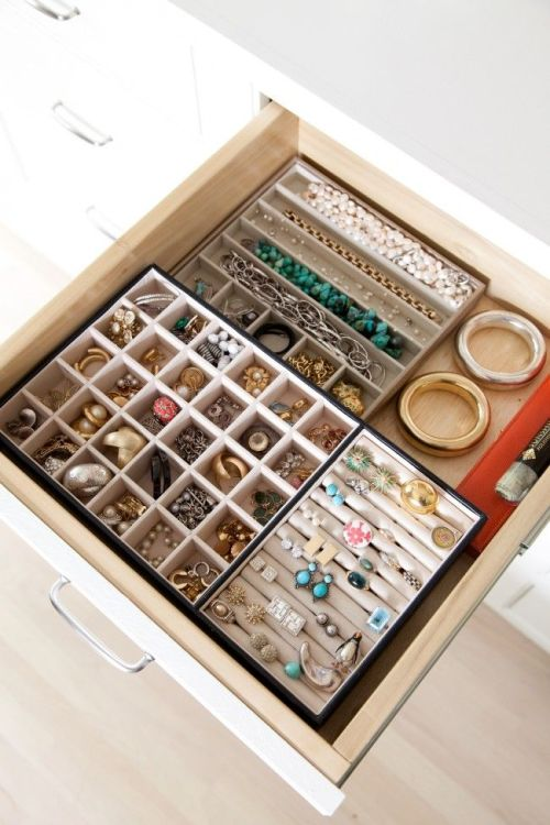 Jewellery_Drawer_Dividers_Organize_Closet