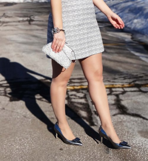 Kate_Spade_Bow_Heels_Express_Skirt_Fashion_Blogger