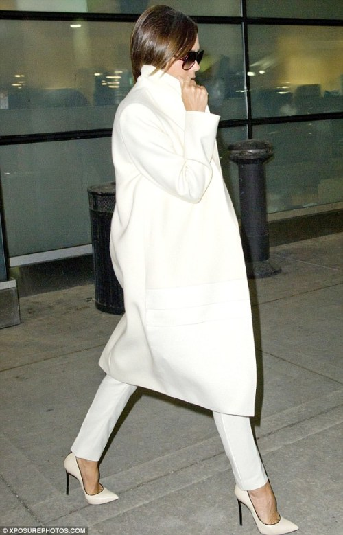 Victoria_Beckham_Style_All_White_Fashion