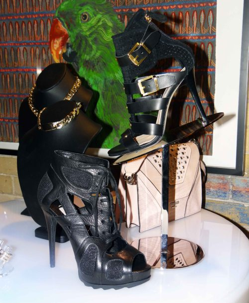 Black_Heels_Sandals_Guess_Spring_Shoes
