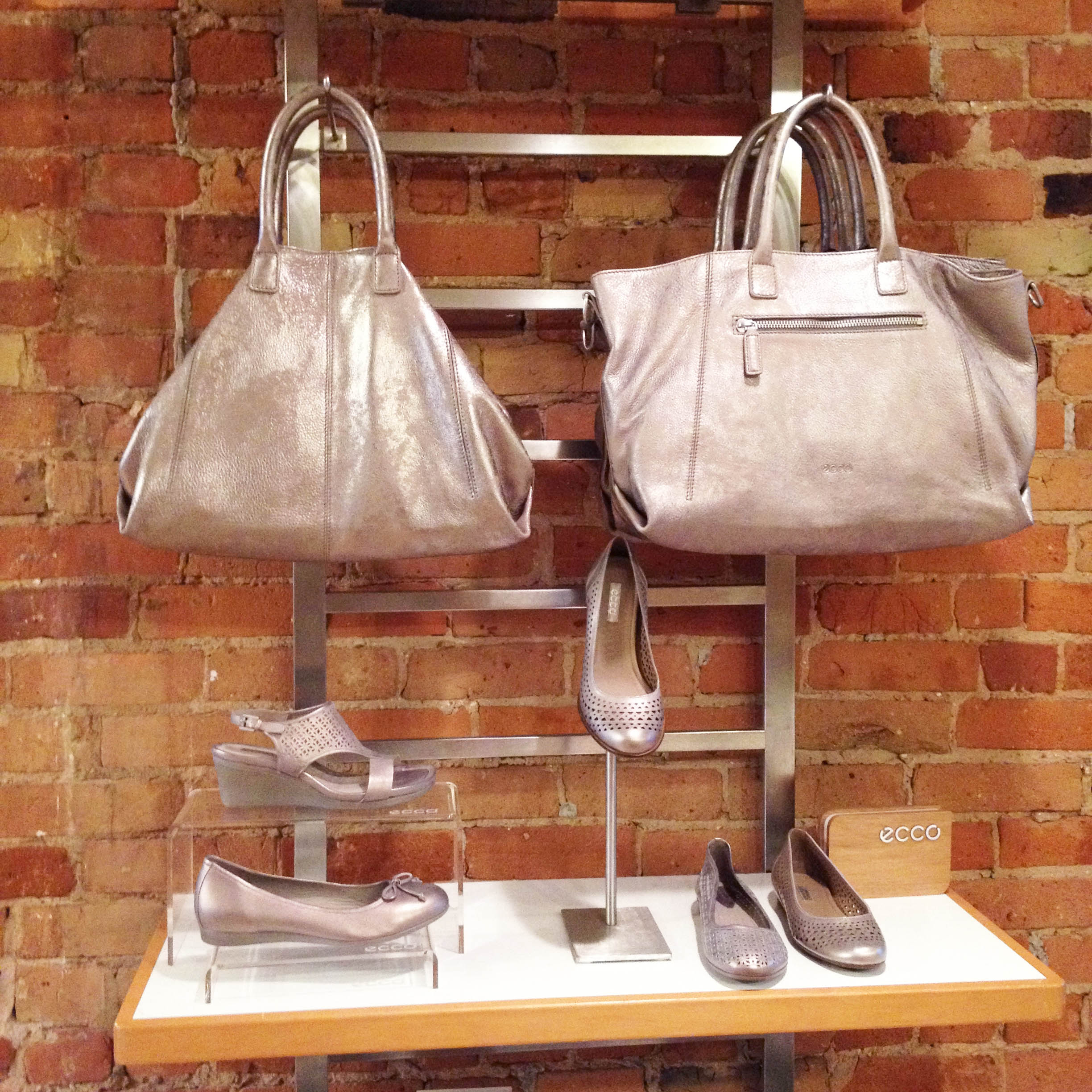 ecco_metallic_shoes_handbags_leather_accessories
