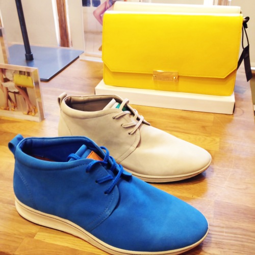 ecco_yellow_clutch_blue_sand_shoes