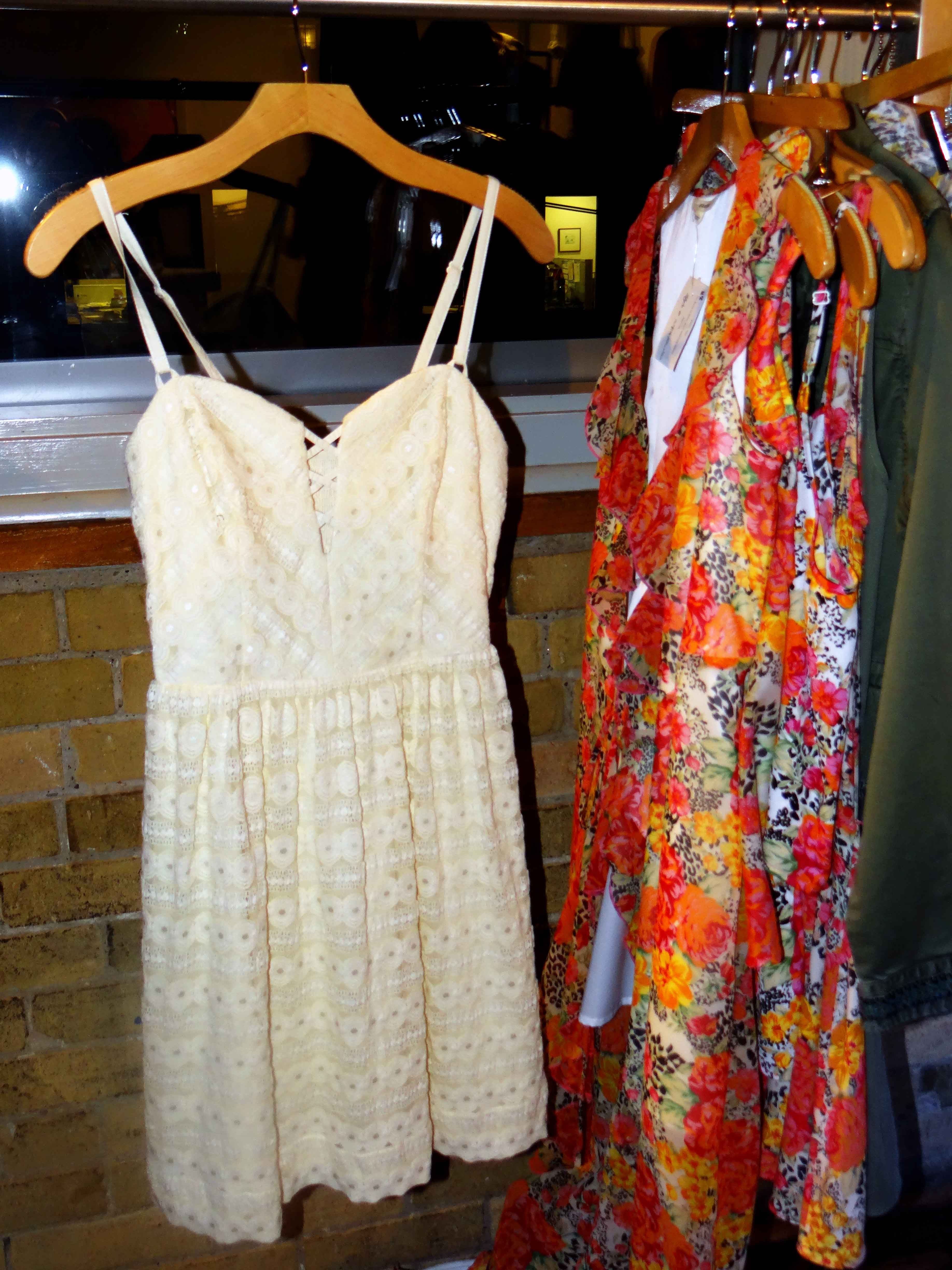 Ivory_Spring_Dress_Florals_Guess_