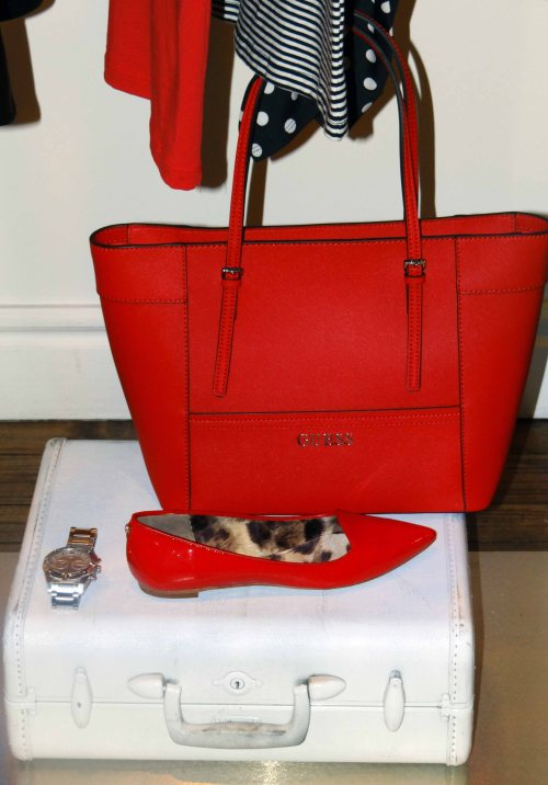 Red_Handbag_Flats_Guess_Spring_Collection