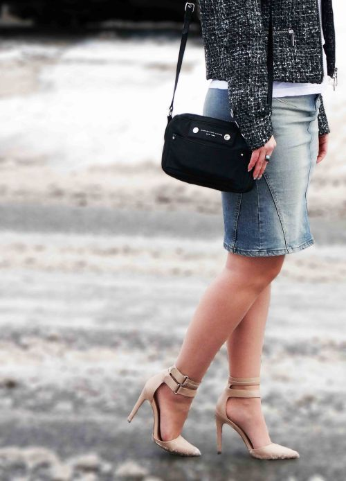 Toronto-Canadian-Fashion-Style-Blogger-Victoria-Simpson