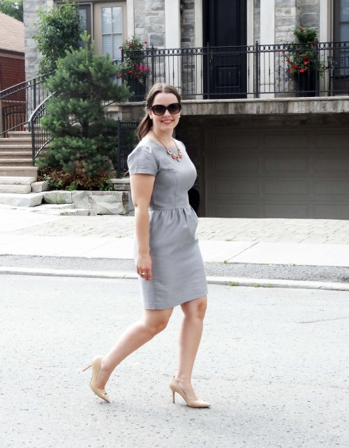 Work_Fashion_Grey_Stylish_Business_Dress