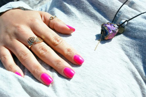 Accessorize-Rings-Necklace-Hot-Pink-Nails