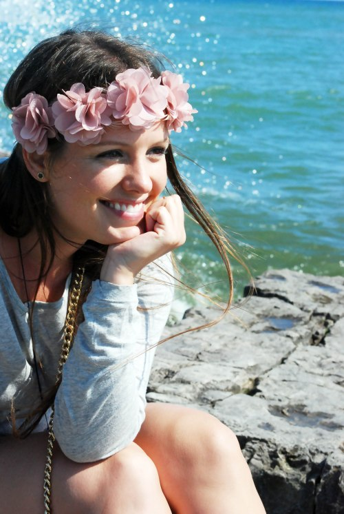 Victoria-Simpson-Girl-By-The-Water-Floral-Head-Crown