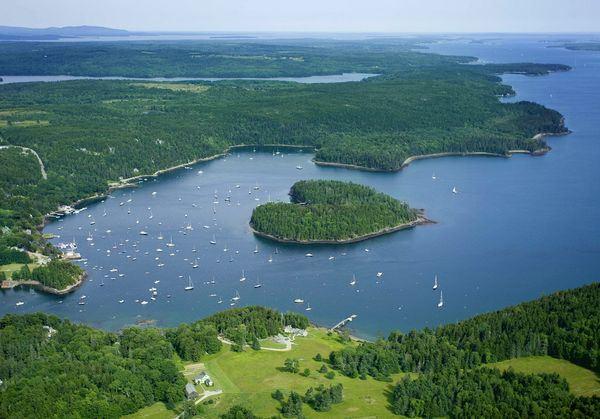Harbor Island.jpg