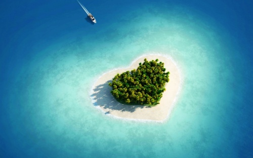 Heart-Shaped-Islands-Tavarua-Island-Fiji-Travel-Bucket-List