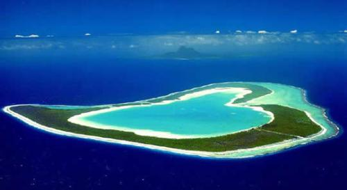 heart_shaped-Tupai-Island-Bora-Bora-French-Polynesia