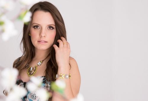 Victoria-Simpson-Toronto-Canadian-Blogger-Shop-For-Jayu-Collaboration